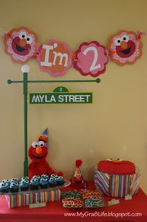 Elmo Party Ideas…Banner, elmo mural, use toys in decoration, Grant Street with the number 2 for welcome sign. Elmo Birthday, First Birthday Parties, Birthday Party Themes, Dinosaur Birthday, Birthday Centerpieces, Happy Birthday, Sesame Street Party, Sesame Street Birthday, Elmo Party