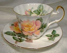 Royal Chelsea Red Pink Roses Gold Tea Cup and Saucer