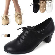 Womens chic modern simple design cut out stitch line lace up chunky heel oxfords[Blacks,7]