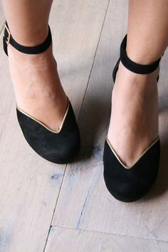 chie mihara, cute shoes!!!