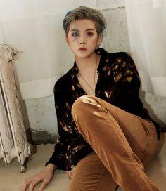 Album 4 > Ren < Nu Est, Kpop Guys, Aesthetic Images, Pledis Entertainment, Pretty And Cute, Jonghyun, My Crush, Vixx, Teaser