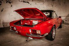 Exotic Sports Cars, Classic Sports Cars, Classic Cars, Fiat 124 Sport Spider, Fiat 124 Spider, Fiat 128, Fiat Cars, Fiat Abarth, Engin