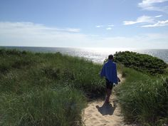 This secret Cape Cod beach is a local hidden gem. Here are some beautiful pictures of Bound Brook Island beach and details on how to find it. Hidden Places, Places To Visit, Bound Brook, Cape Cod Vacation, Cape Cod Massachusetts, Cape Cod Beaches, East Coast Road Trip, New England Travel, Beach Boardwalk