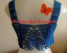 Cropped azul detalhe das costas - www.elo7.com.br/lojas/artesdaevelyn