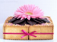Tarta de galletas, Nocilla y almendras