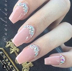 Pinterest:@jalissalyons Glam Nails, Pink Sparkle Nails, Bling Nails, Nude Nails, Fancy Nails, Glitter Nails, Beauty Nails, Pink Nail, Acrylic Nails