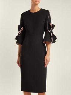 Stunning 1395 GBP worth Roksanda runway dress UK size S/US 4 immaculate Silk Dresses Uk, Silk Satin Dress, Crepe Dress, Pink Satin, Bride Dresses, Black And Blue Dress, Poplin Dress, Roksanda, Women's Fashion Dresses