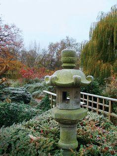 Elements of a Japanese Garden - FineGardening