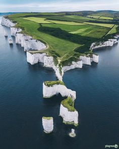 Breathtaking coastline 😍 🌊 Which picture do you like most? ⛰ Jurassic Coast, Old Harry Rocks, Dorset, United Kingdom. Photos by The post Breathtaking coastline Which picture d appeared first on . Places To Travel, Places To See, Places Around The World, Around The Worlds, Wonderful Places, Beautiful Places, Beautiful Ocean, Landscape Photography, Nature Photography