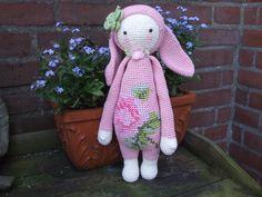 RITA the rabbit made by Laura F. / crochet pattern by lalylala