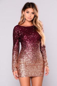 Wynn Sequin Dress - Burgundy/Rose Gold - Wynn Sequin Dress – Burgundy/Rose Gold Source by imaarshi - Hoco Dresses, Homecoming Dresses, Sexy Dresses, Cute Dresses, Beautiful Dresses, Evening Dresses, Casual Dresses, Fashion Dresses, Party Dresses