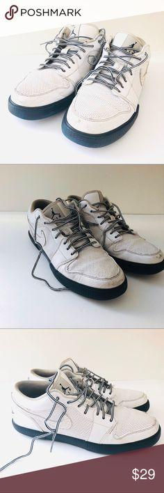 meet d1592 f24b8 NikeAir Jordan. Size 10.5 Men s Nike Air Jordan sneakers. Size 10.5 US in  good