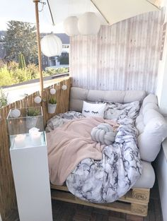 Discover recipes, home ideas, style inspiration and other ideas to try. Apartment Balcony Decorating, Apartment Balconies, Apartment Living, Small Balcony Decor, Kitchen Ornaments, Balkon Design, New Room, Toddler Bed, Bedroom Decor
