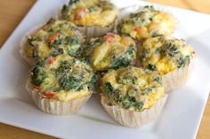 Egg Muffins with Peppers, Kale, and Cheddar (made with bell peppers and romano cheese) - yummy! Healthy Recipes, Healthy Snacks, Healthy Eating, Cooking Recipes, Brunch Recipes, Breakfast Recipes, Muffin Recipes, Relleno, Egg Muffins
