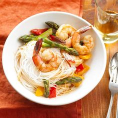 Peanut-Sauced Shrimp & Pasta   Peanut-Sauced Shrimp & Pasta  Prev  17/35  Next  Peanut-Sauced Shrimp & Pasta    Plump shrimp, rice noodles, bottled peanut sauce, fresh asparagus, and yellow sweet pepper toss together in minutes, creating a simple supper they'll love.