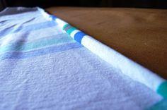 Pour que le jersey cesse de roulotter : vaporiser eau du robinet avec de la fécule de maïs. Mélangez énergiquement 250 ml d'eau et 4 cuillères à café de fécule. Mettez dans un vaporisateur. Pulvérisez. Repassez  jusqu'à ce que le tissu soit sec.