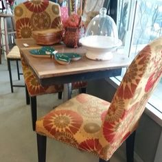 Lovely table for 2 with set of studded parsons chairs -