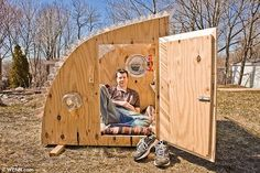 Micro shelter made from recycled materials. $200 - To connect with us, and our community of people from Australia and around the world, learning how to live large in small places, visit us at www.Facebook.com/TinyHousesAustralia or at www.tumblr.com/blog/tinyhousesaustralia .