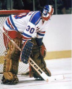 Goalie Mask - John Davidson NHL New York Rangers – Vintage Sports Items Rangers Hockey, Hockey Goalie, Hockey Teams, Ice Hockey, Bernie Parent, John Davidson, Nfl Highlights, Goalie Mask, Nhl News
