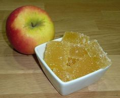 Pate de fruit à la pomme - Foods Schmuck Damen Thermomix Desserts, Dessert Recipes, Organic Cooking, Childrens Meals, Candy Cakes, Winter Desserts, Gourmet Gifts, Diy Food, Food And Drink