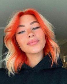Hair Color Streaks, Hair Dye Colors, Cool Hair Color, Hair Color Purple, Hair Highlights, Hair Inspo, Hair Inspiration, Hair Dyed Underneath, Split Dyed Hair