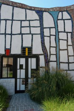 Hundertwasser with Mondrian Style
