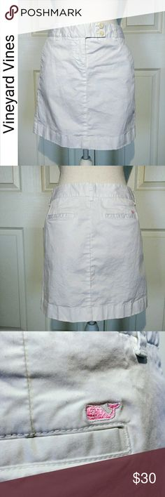Vineyard Vines Skirt Vineyard Vines white skirt. Excellent condition. Bought for my daughter but it is too big for her. Vineyard Vines Skirts Mini