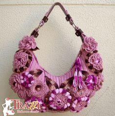 ** Trazzi - Bolsas em Crochê **: Outubro 2012
