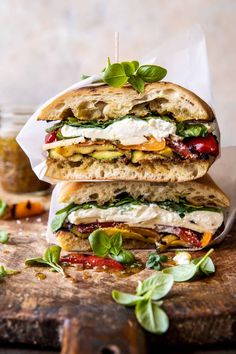 Grilled Vegetable Burrata Sandwich with Lemon Thyme Honey Mustard...the perfect delicious sandwich to serve up at your next backyard BBQ! Grilled Vegetable Sandwich, Grilled Vegetables, Veggies, Hamburger, Honey Mustard Dressing, Delicious Sandwiches, Baked Sandwiches, Healthy Sandwiches, Wrap Sandwiches