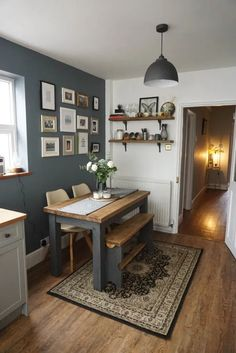 Small Kitchen Tables for Apartments. Small Kitchen Tables for Apartments. 13 Breakfast Nook Ideas for Your Small Kitchen Small Kitchen Tables, Small Apartment Kitchen, Kitchen Dining Sets, Small Dining, Rustic Kitchen, Kitchen Decor, Kitchen Ideas, Dining Room, Dining Tables