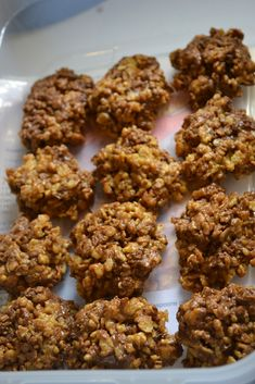Mrs Happy Homemaker: Reese's Krispies
