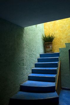 Interior Color. yellow and blue walls. San Miguel stairs