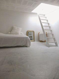 White bedroom - Deborah BEAU / Kickcan and Conkers