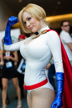 Comic-Con 2013 – Crystal Graziano Power Girl (by Victor Gamez)