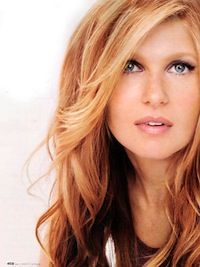 Connie Britton....always love her hair and makeup!