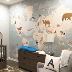 Michelle blog nursery and other news fonte httpwww im suddenly obsessed with this map wallpaper publicscrutiny Gallery