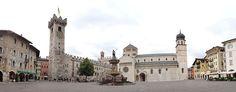 File:Trento-panoramica piazza del Duomo.jpg