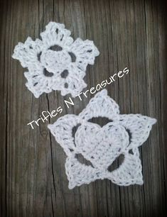Free crochet pattern for a frozen hearts snowflake applique by Trifles N Treasures. Great for appliques and other Christmas decorations.