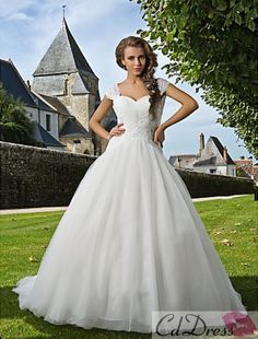 Lace wedding dress Ball gown