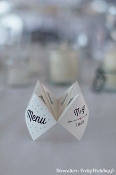 diy wedding decorations 526639750170474979 - Menu de mariage original cocotte Source by Wedding Menu, Wedding Table, Diy Wedding, Rustic Wedding, Wedding Planner, Wedding Invitations, Wedding Day, Wedding Vintage, Handmade Wedding