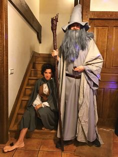 Diy gandalf the grey staff geek crafts pinterest gandalf gray gandalf the grey and frodo baggins diy costumes for carnival solutioingenieria Images