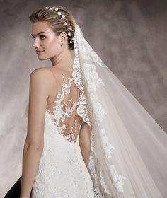 Pronovias > PRUNELLE - Robe de mariée à décolleté en cœur