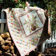 Eva Grace by Irene Blanck... another neat idea for a (large) border