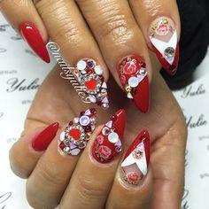 Valentine Nail Art :: Red Floral Stiletto Nails