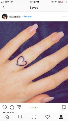 finger heart tattoo poppies background tattoos s tattoo . finger heart tattoo poppies background tattoos s tattoo . Mini Tattoos, Cute Tattoos, Body Art Tattoos, New Tattoos, Small Tattoos, Tatoos, Amazing Tattoos, Tattoos On Fingers, Heart Tattoo On Finger