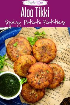 Aloo Tikki Aloo Tikki is a popular Indian street food which is basically crispy and spicy potato patty. It is one of the most popular chaat items and can be made easily at home too. Here is how to make Aloo Tikki recipe at home. Aloo Tikki Recipe, Chaat Recipe, Green Chutney Recipe, Chutney Recipes, Best Street Food, Indian Street Food, Indian Snacks, Indian Food Recipes, Veggie Burger Recipe Indian