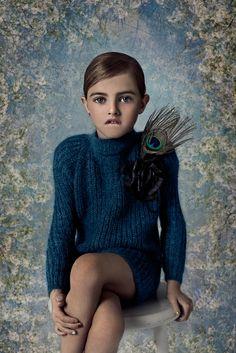 Karolina Henke.  La Petite Magazine
