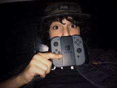Finn Wolfhard with a Nintendo Switch ♥