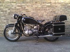 Gorgeous old BMW R69S