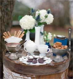 rustic s'more table ideas | CHECK OUT MORE IDEAS AT WEDDINGPINS.NET | #weddingcakes